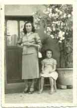 Mambriani Marie Iside (Rina) e Liviana Meschi (anni '50)