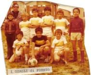 """la squadra di calcio dei """"Gialli"""" (1976)"""